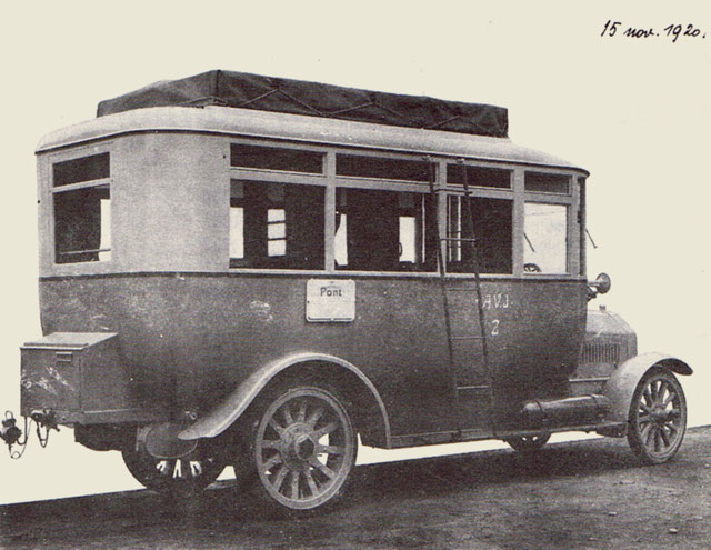 The first bus of the AVJ