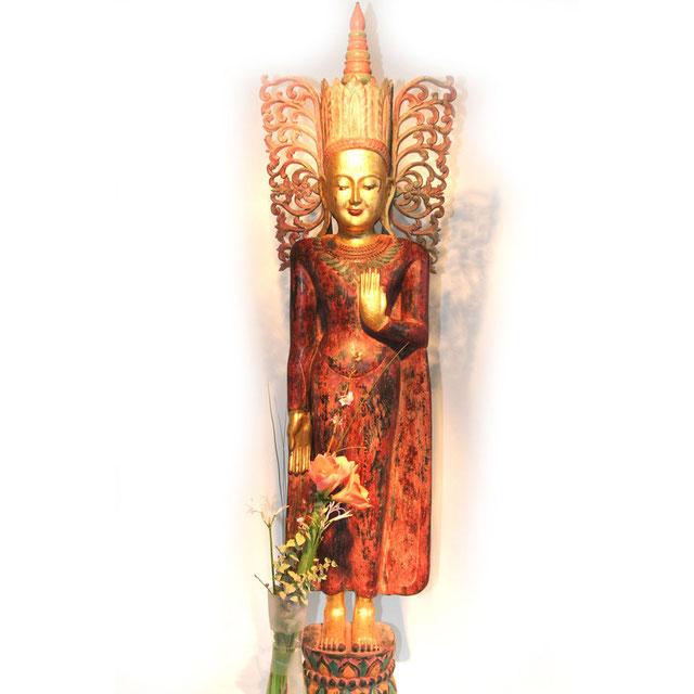 alter Königsbuddha aus Myanmar