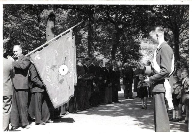 Antreten Schützenfest Hartlage in den 50iger Jahren