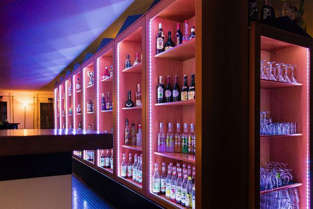 Barfachschule Thörig Zürich, Barkurs, Cocktailkurs,Teamevent Ansicht von rechts,Barfachschule-Blog,Barschule-Blog,Barfachschulezuerich-Blog,Barkurs-Blog,Cocktailkurs-Blog,Barkurs, Barkurs-Zürich, Barfachschule, Barfachschule-Zürich, Barschule, Barschule-Z