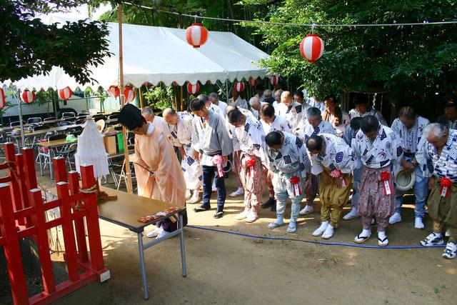 平成22年度 琴平神社祭礼 神社境内にて 神事