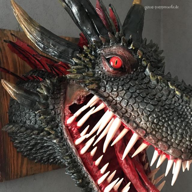 papermache, papiermache, handmade, Drogon, Drache, Drachenkopf, Kunst, einzigartig, fauxtaxidermy, Drachentrophäe