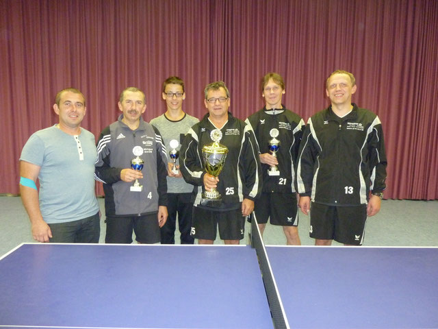 die Sieger der Herren bei den TT-Vereinsmeisterschaften am 3.10.2013