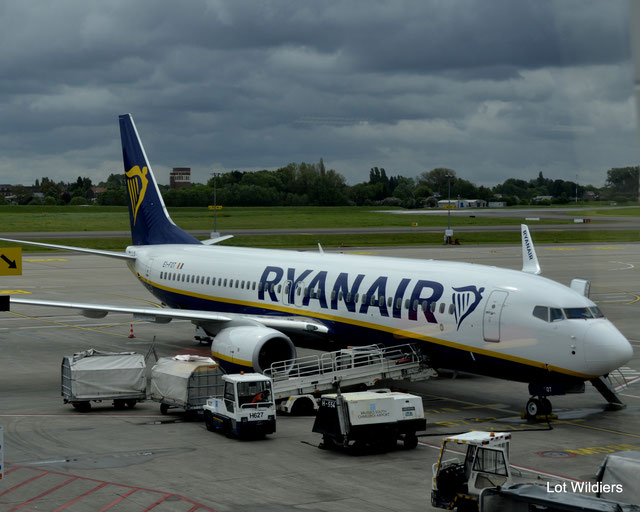 Lot-reisgoesting-gastblog-sustainableshopping-ryanair