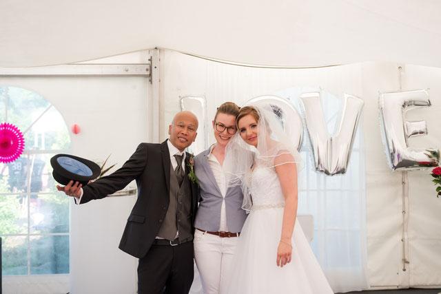 Meine lieben Katharina und Yadi - danke für diesen wundervollen Moment (c) DK-Fotos.com