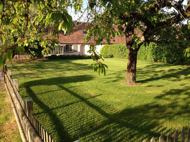 le gite du moulin de Blanville côté jardin