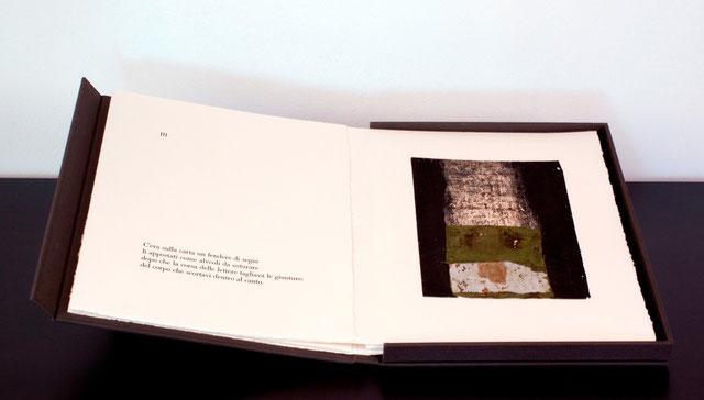 pagina tipografica e opera originale di Oliana Spazzoli a tecnica mista