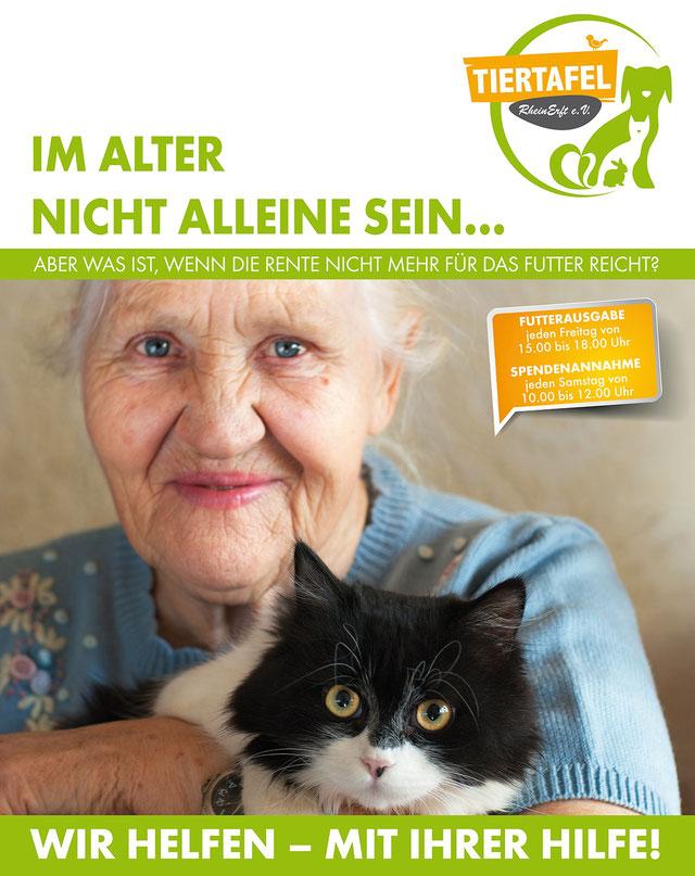 Seniorin mit Katze