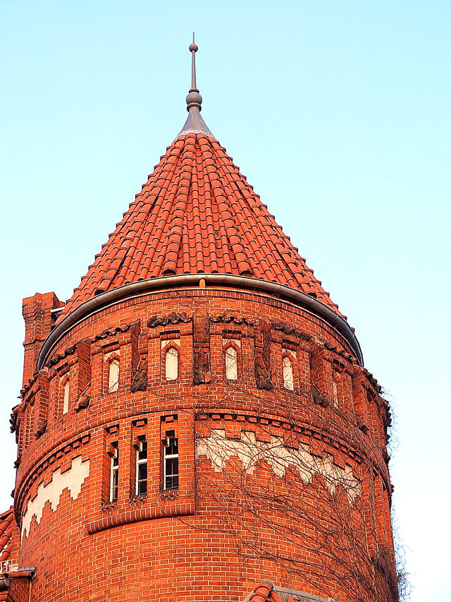 Sixtus Villa main tower castle berlin kreuzberg