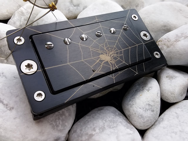 Instruments on Body, Schmuck für Gitarristen, Accessoires für Gitarristen, Musik, Geschenk für Musiker, Gürtelschnalle, Musikerschmuck, Gitarristenschmuck, Musikeraccessoires, Fashion für Musiker, Fashion, Gürtel.