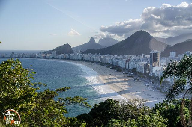 Brasilien - Südamerika - Motorrad - Weltreise - Rio de Janeiro - Forte de Copacabana - Blick auf das Meer und den Strand