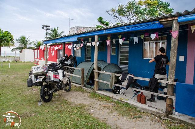 Brasilien - Südamerika - Motorrad - Weltreise - Camping unter Dach