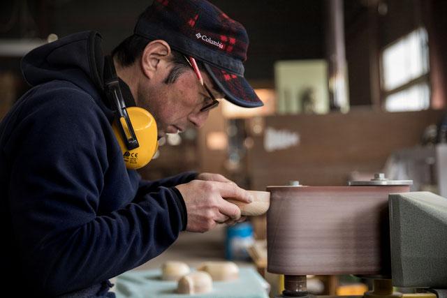 ノクターレ 木工房 クラフト ぬくもり 癒し 飛騨の匠 飛騨高山 伝統工芸 飛騨春慶 一位一刀彫 塩谷英雄  木 家具 木工 職人 デザイン