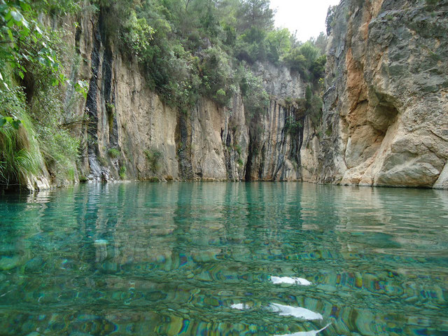 El manantial de Montanejos, que suministra de agua termal al Balneario