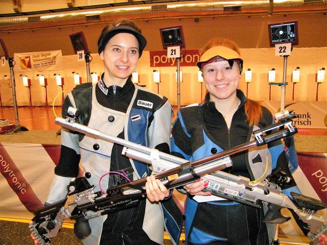 Siegerin Nina Christen (rechts) und Petra Lustenberger (2. Rang)
