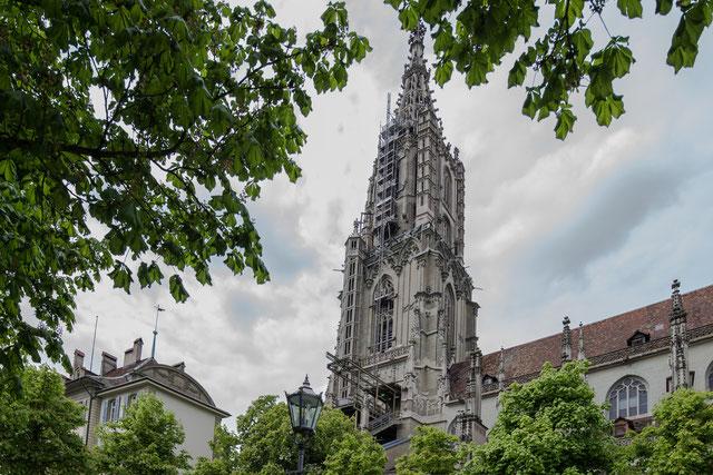 Der Münsterturm, von der Münsterplattform aus gesehen, 3. Mai 2017, 15 Uhr, Can. 1Dx, Can. 17 mm tse.
