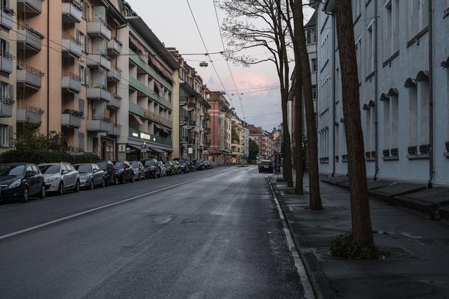 obere Länggassstrasse, Blick Richtung Stadtzentrum, 19. April 2017, abends, Sony A7Rii, Zeiss Otus 55.