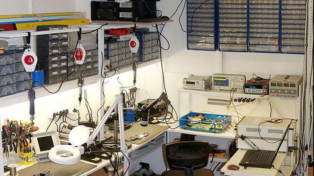 что нужно чтобы открыть мастерскую по ремонту компьютеров фигурки