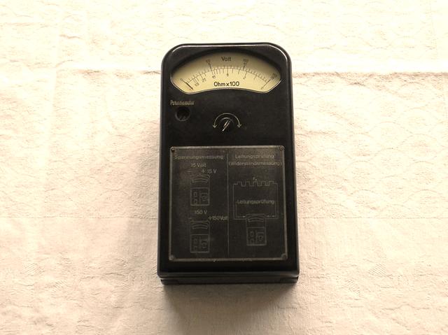 Multimeter Feldmessgerät Wehrmacht 2 WK - Fertigungsjahr 1942 Fa. Kiesewetter Leipzig
