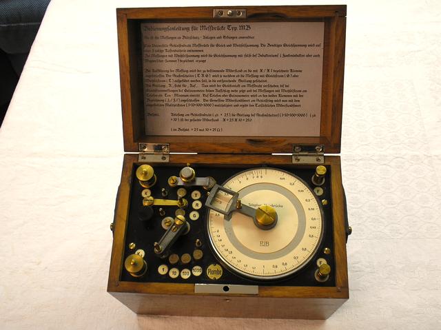 Blitzableiter und Erdungs - Prüfgerät Fa. Paul Jordan Berlin Steglitz von 1902