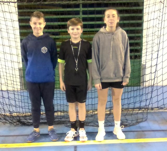Ilona, Clément et Louca ont sifflé les rencontres sur le tournoi moins de 11 ans filles