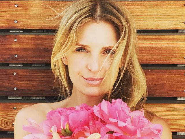 Anna Winter spricht im MOMazing-Interview über Hormon-Yoga bei Kinderwunsch.