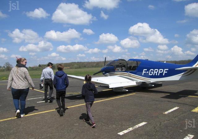 Aérodrome de Pouilloux - Photo Michèle LAGRANGE