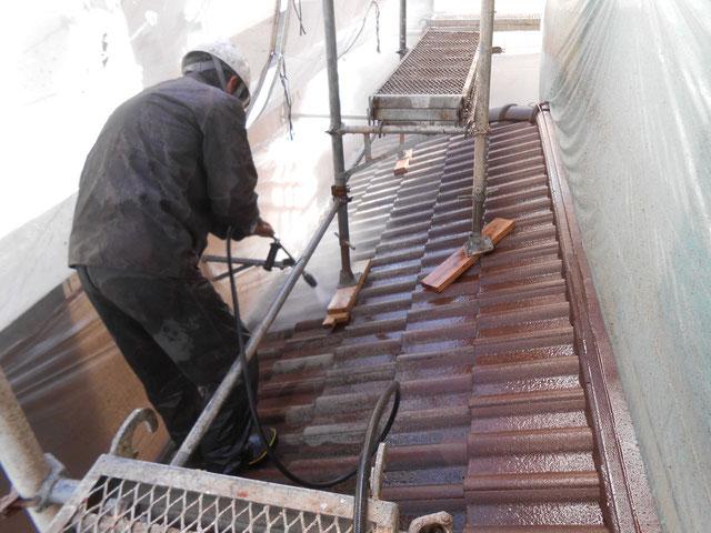 セメント瓦下屋根高圧洗浄