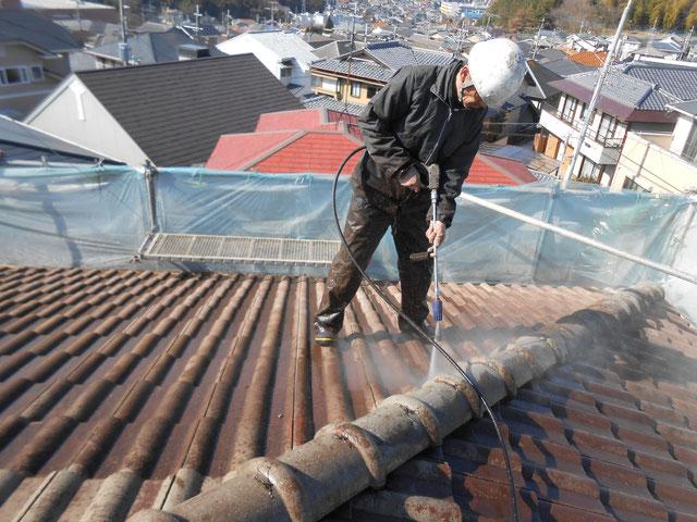 セメント瓦高圧洗浄