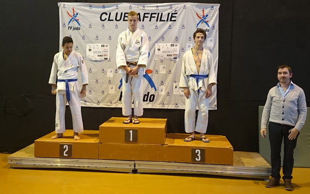 Club : Ecole de judo Réolaise _ Podium Minimes Garçons à Bassens