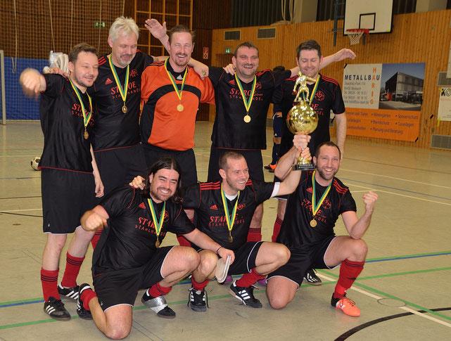 Die  AH des SV Bexbach ist Sieger der Stadtmeisterschaft in der Halle 2017.