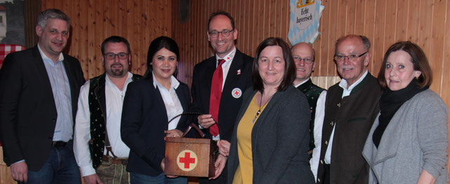 von links nach rechts: Christian Blatt, Patrick Schmid, Diana Tielman, Bernhard Seidenath, Claudia Beck, Gerhard Beck, Josef Mederer, Angelika Kniesl