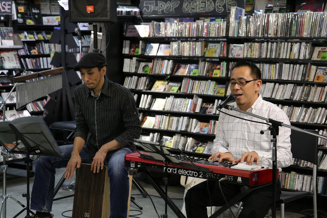 HMV recordsshopでのインストアイベント。杉本清隆