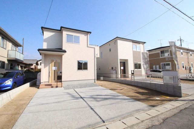 岡山県岡山市東区瀬戸町万富の新築 一戸建て 分譲住宅の外観写真