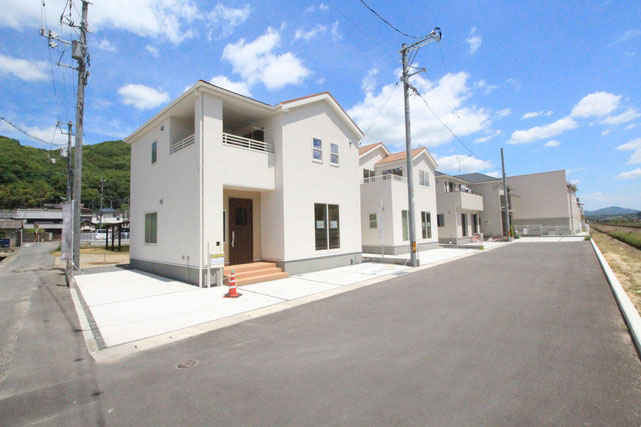 岡山市北区西辛川の新築 一戸建て 分譲住宅の外観写真