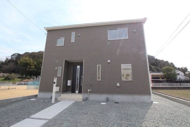 岡山県倉敷市玉島阿賀崎の新築 一戸建て 分譲住宅の外観写真