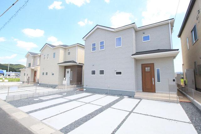 岡山県赤磐市町苅田の新築 一戸建て 分譲住宅の外観写真