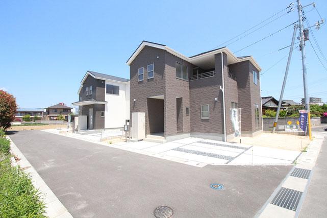 岡山県総社市溝口の新築 一戸建て 分譲住宅の外観写真