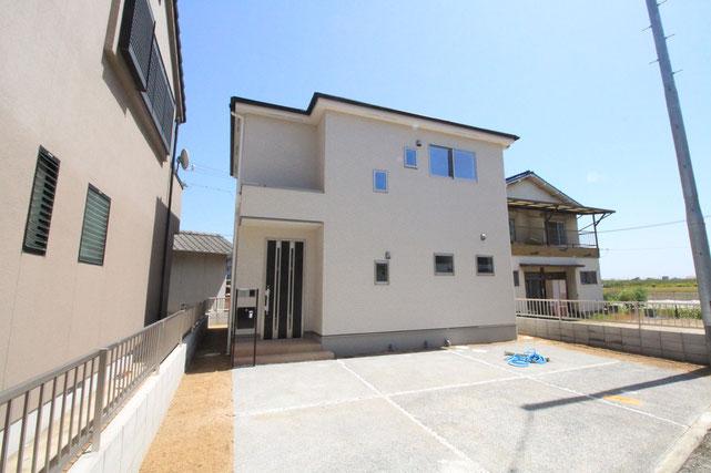 岡山市中区平井の新築 一戸建て 分譲住宅の外観写真