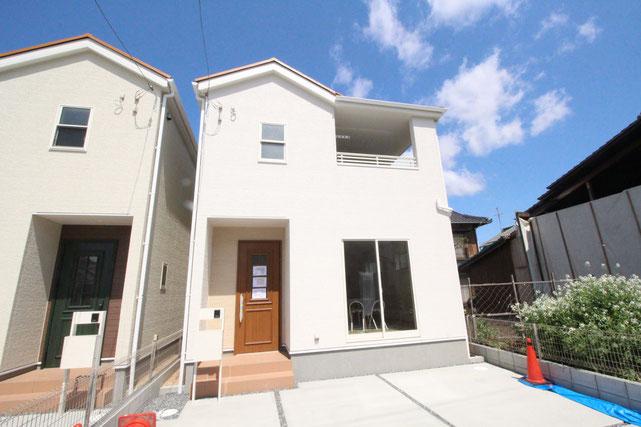岡山県岡山市南区福吉町の新築 一戸建て 分譲住宅の外観写真