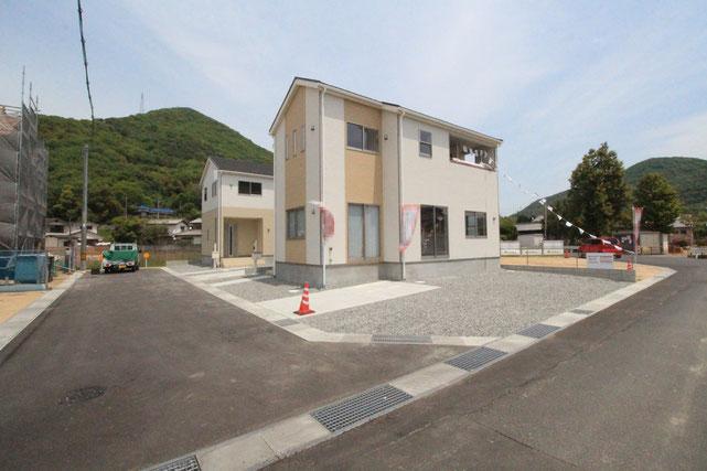 岡山県玉野市槌ヶ原の新築 一戸建て 分譲住宅の外観写真