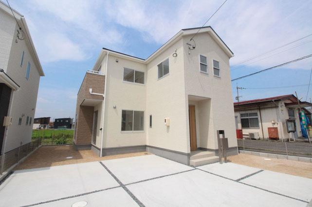 岡山県岡山市北区辛川市場の新築 一戸建て 分譲住宅の外観写真