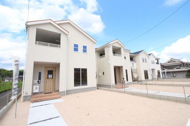 岡山県総社市門田の新築 一戸建て 分譲住宅の外観写真