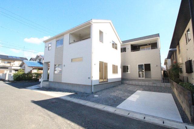 岡山県岡山市南区築港新町の新築 一戸建て 分譲住宅の外観写真