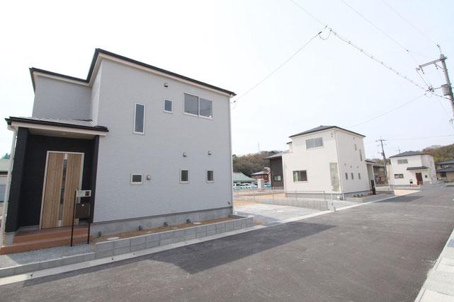 岡山県瀬戸内市邑久町向山の新築 一戸建て 分譲住宅の外観写真