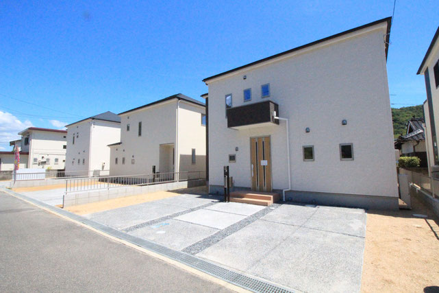岡山県岡山市東区瀬戸町寺地の新築 一戸建て 分譲住宅の外観写真
