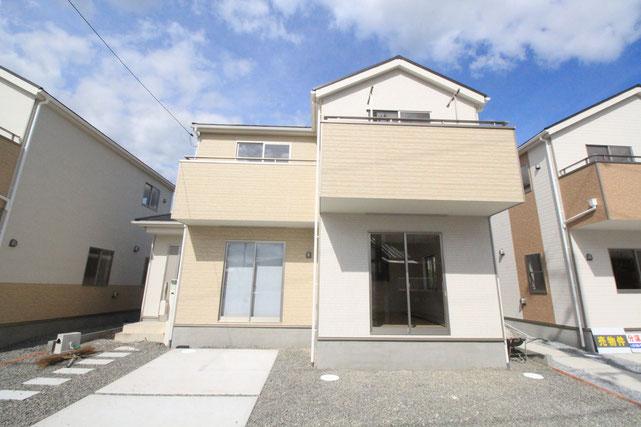 岡山県岡山市東区西大寺中野の新築 一戸建て 分譲住宅の外観写真