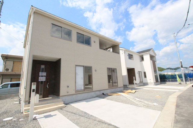 岡山県岡山市東区瀬戸町下の新築 一戸建て 分譲住宅の外観写真