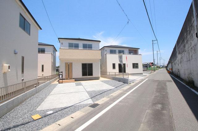 岡山県総社市中原の新築 一戸建て 分譲住宅の外観写真