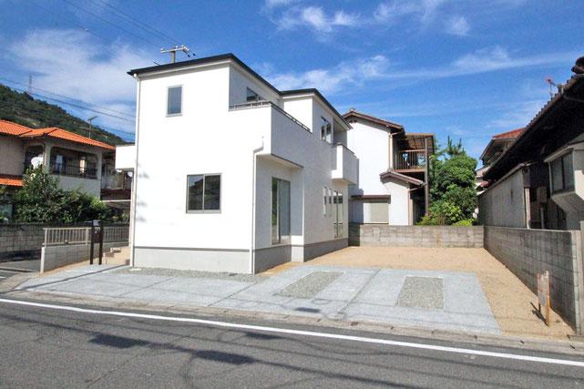 岡山県玉野市御崎2丁目の新築 一戸建て 分譲住宅の外観写真